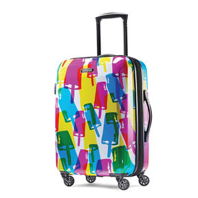 """American Tourister Moonlight 21"""" Spinner in the color Popsicle."""