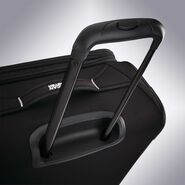 "American Tourister Reflexx 19"" Spinner in the color Black/White."