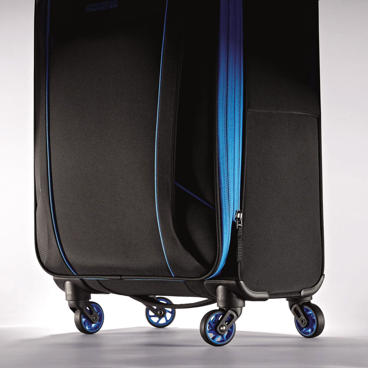 American Tourister Skylite 28 Quot Spinner