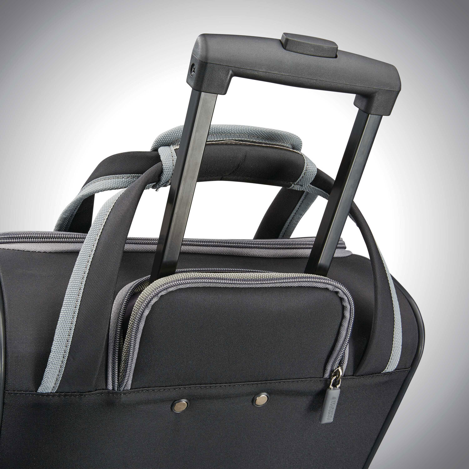 American Tourister Sonic Rolling Tote