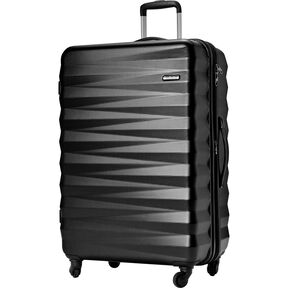 "American Tourister Triumph NX 28"" Spinner in the color Black."