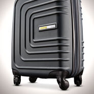 "American Tourister Sunset Cruise 24"" Spinner in the color Nightshade."
