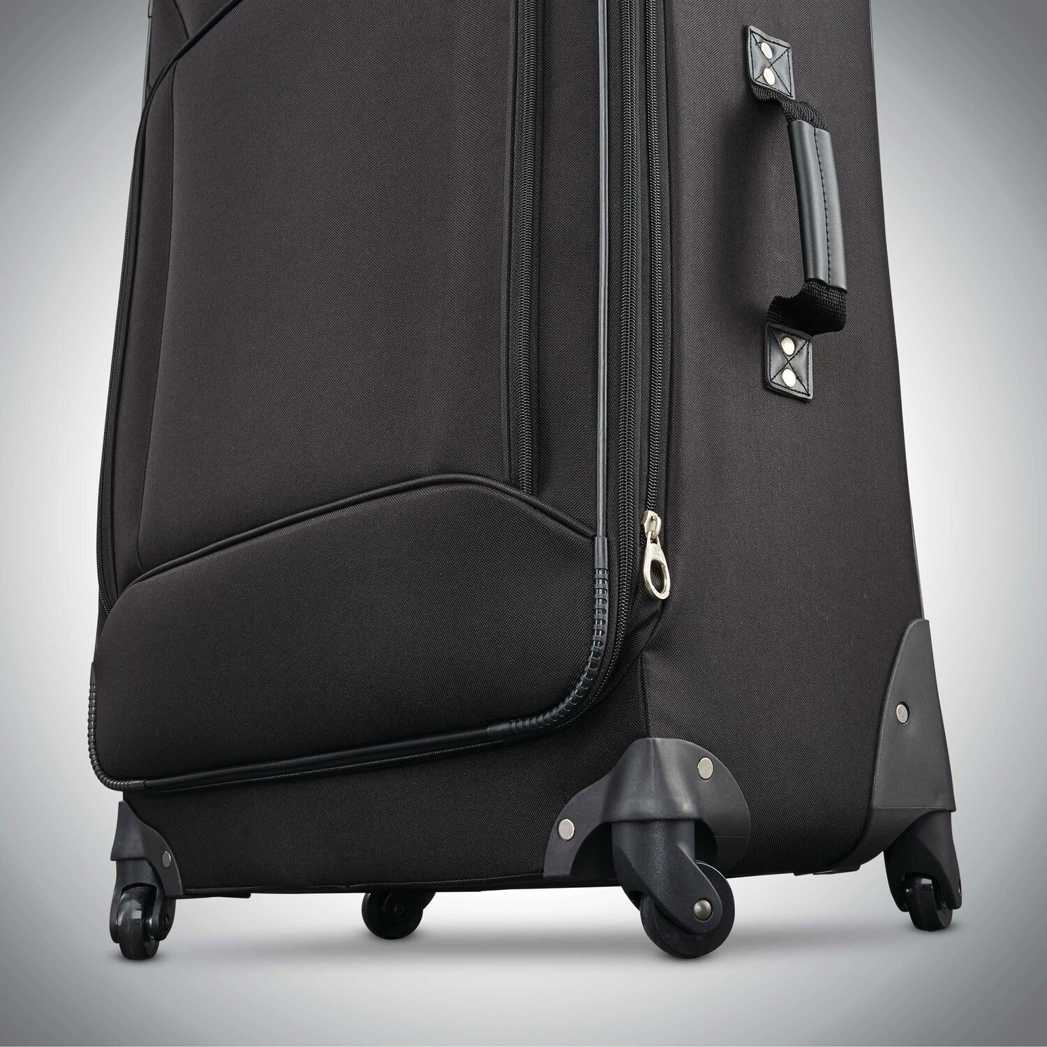 f1dd08e983 American Tourister Fieldbrook XLT 5 Piece Set in the color Black.