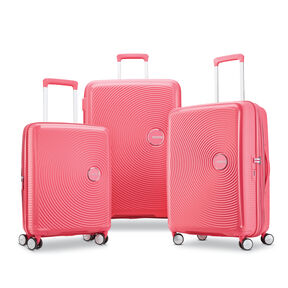 American Tourister Curio 3 Piece Set in the color Hot Pink.