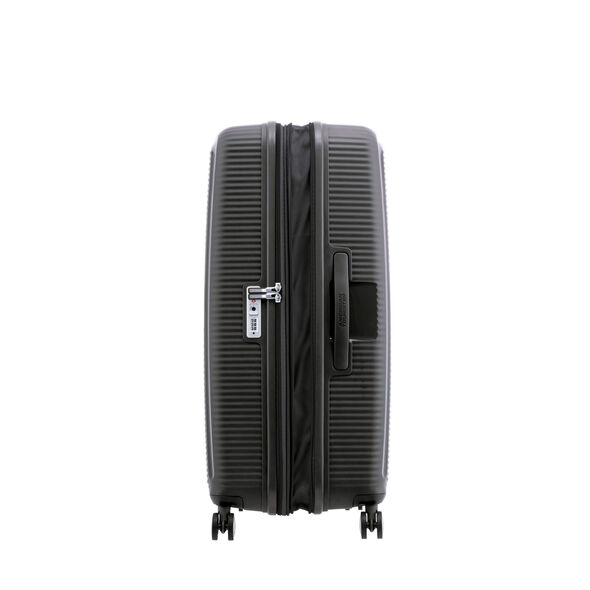 """American Tourister Curio 29"""" Spinner in the color Black."""