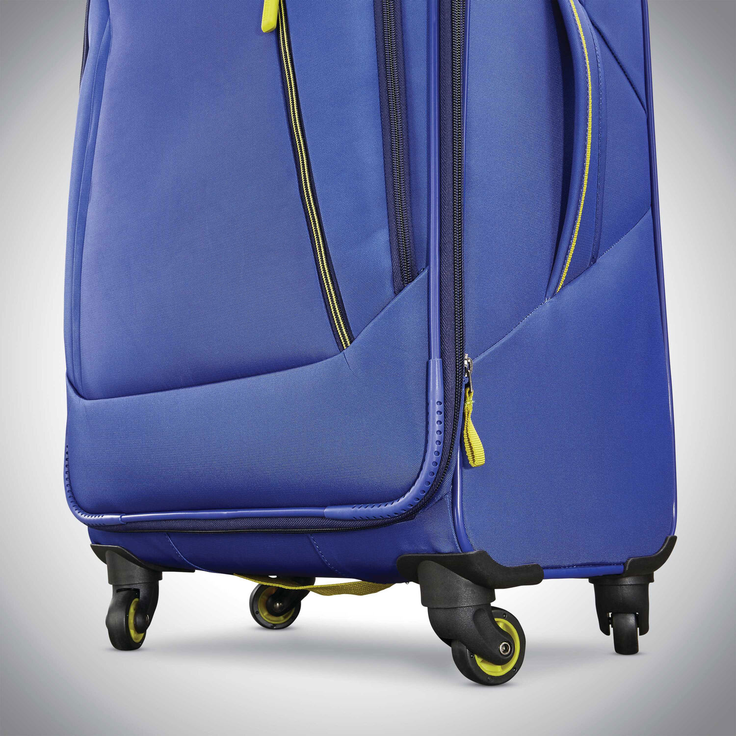 American Tourister Sonic 28 Quot Spinner
