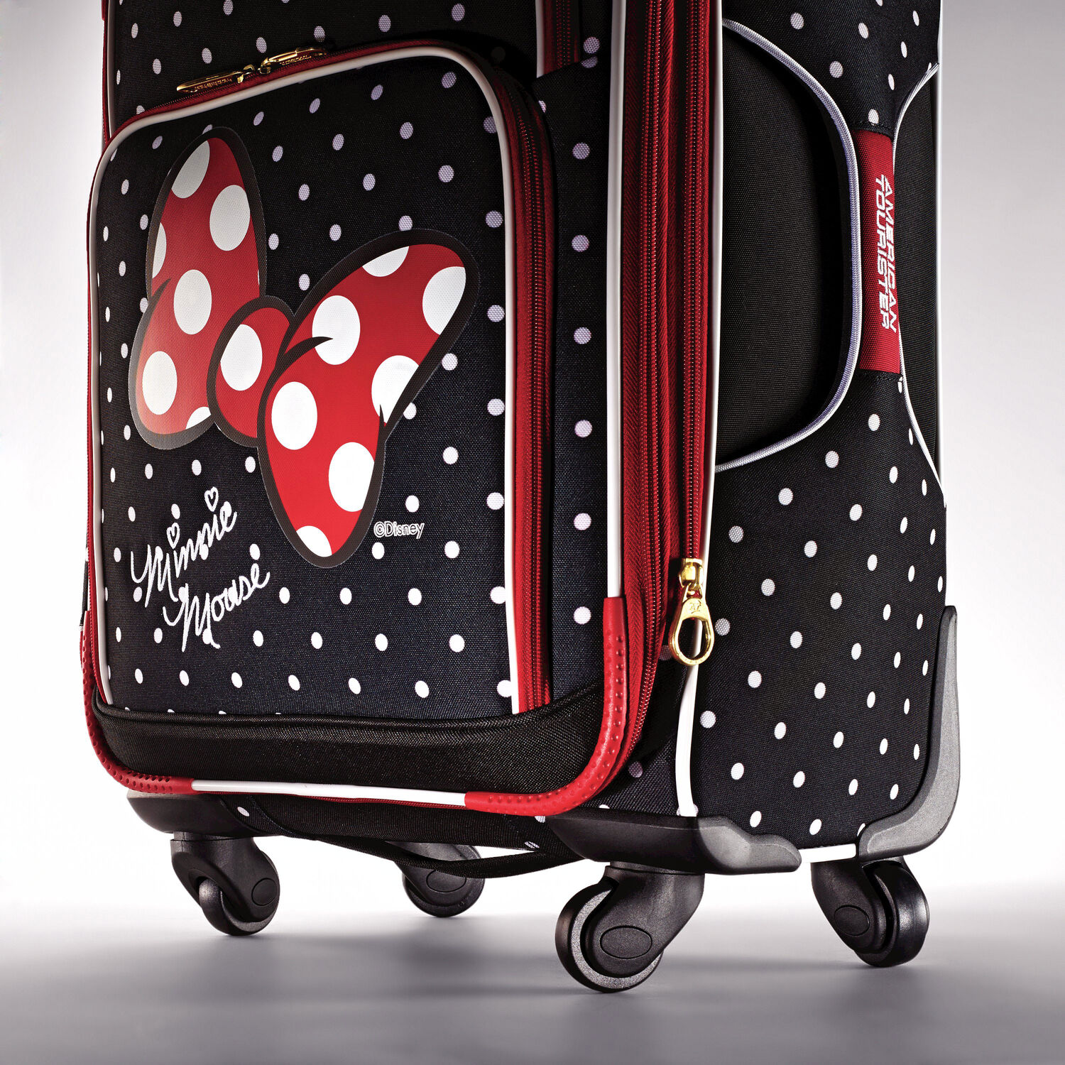 American Tourister Disney Minnie Mouse 21quot Spinner In The Color