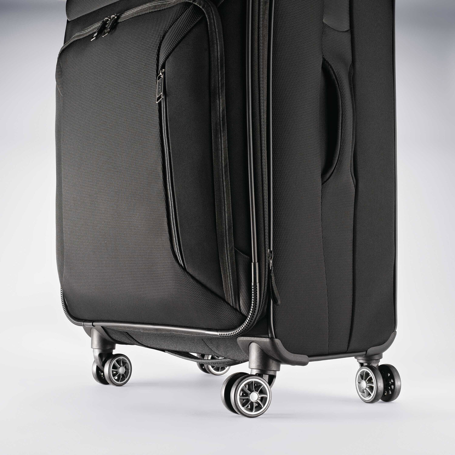 American Tourister Zoom 28 Quot Spinner