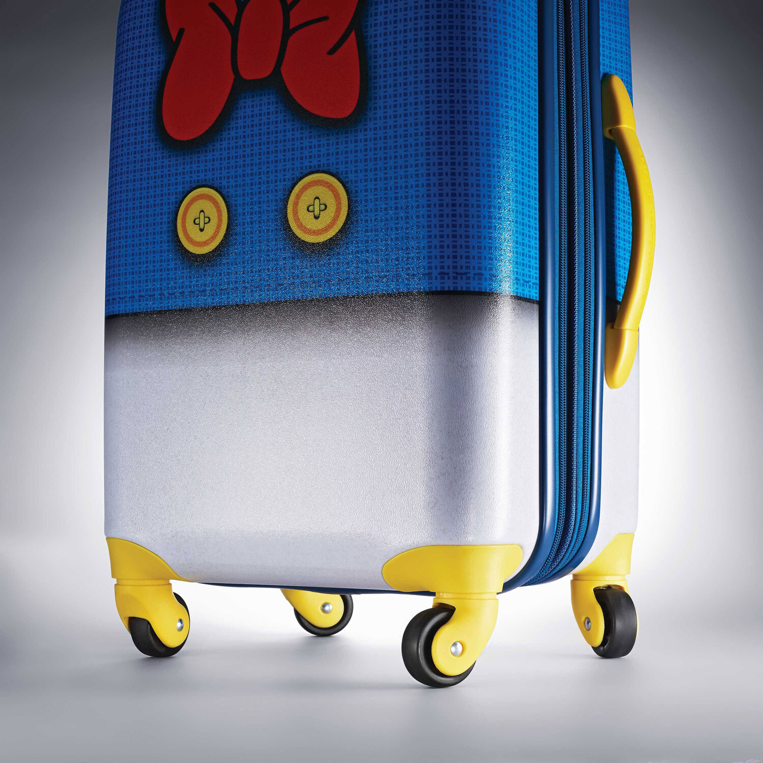 American Tourister Disney 20 Quot Spinner