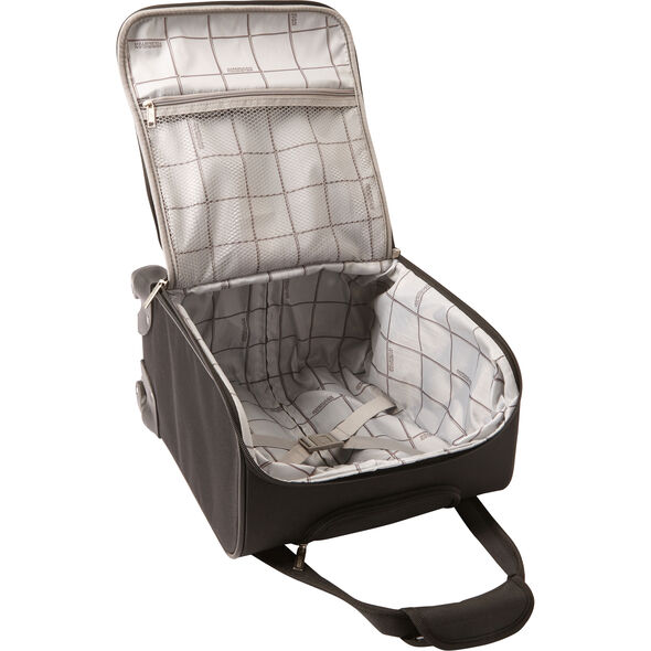 American Tourister Lynnwood Spinner Underseater in the color Houndstooth Dalmatian/Black.