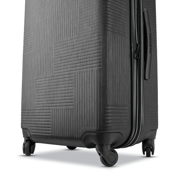 "American Tourister Stratum XLT 24"" Spinner in the color Jet Black."